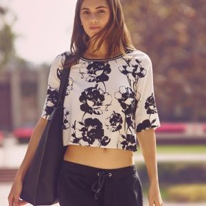 Abercrombie & Fitch Floral Crop Top. Size Medium